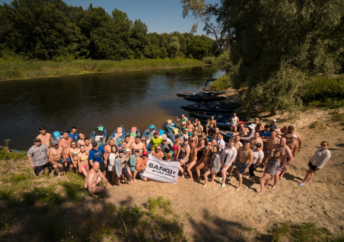SANDI+ on Kayaks: Extreme and Fun Corporate Party