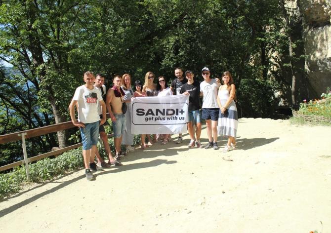 Корпоративний відпочинок співробітників SANDI+ в Чернівцях